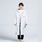 アクティブベンチコート(00230-ABC)着用イメージ(ホワイト/Sサイズ)・フルジップ