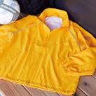 タフレックスジャケット(GX-6010)前・後身のパイピングに反射素材を使用