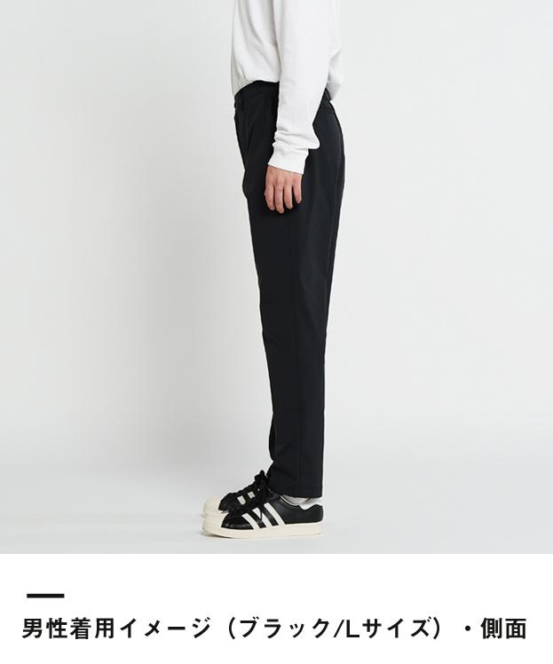 ドライストレッチパンツ(00370-SAC)男性着用イメージ(ブラック/Lサイズ)・側面