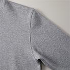 8.8オンス ミドルウェイトクルーネックスウェット(裏パイル)(5332-01)アームホールのしーむラインはまたぎ2本針始末により表情のある頑丈な仕上がり