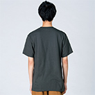 5.6オンス ヘビーウェイトTシャツ(00085-CVT)着用イメージ(デニム/Lサイズ)・背面