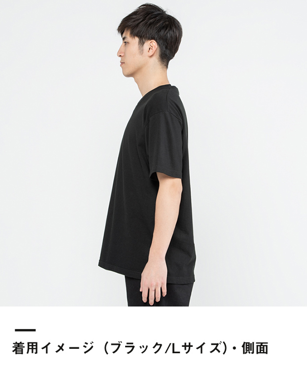 5.6オンス ヘビーウェイトVネックTシャツ(00108-VCT)着用イメージ(ブラック/Lサイズ)・側面