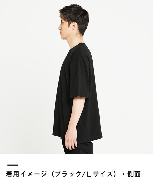 5.6オンス ヘビーウェイトビッグTシャツ(00113-BCV)着用イメージ(ブラック/Lサイズ)側面